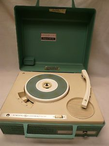 Vtg General Electric Partymate Solid State Record Player Turquoise Blue V422P GE