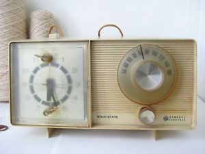 Vintage GE General Electric Solid State Alarm Clock Am Radio 1960'S