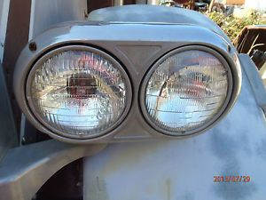 Peterbilt 359 Headlights: Parts & Accessories
