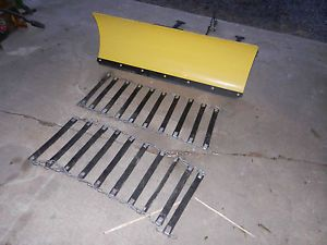 """John Deere LT150 LT160 Lawn Tractor 44"""" Snow Dirt Plow with Tire Chains"""