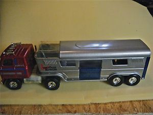 Vintage Ertl Semi Truck and Trailer Vista Dome Horse Van 100 Complete Farm Toy