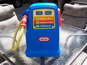 Little Tikes Tykes Pretend Gas Pump for Cozy Coupe Car Ships Free