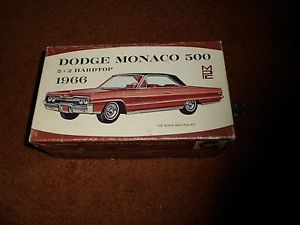 Vintage MPC 1966 Dodge Monaco 500 Model Kit 1 25 2 Bodies Extra Parts