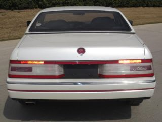 1989 1993 Cadillac Allante Right Passenger Side Tail Lamp Tail Light