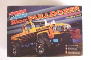 Pulldozer 4x4 Chevy Blazer 2295 Monogram 1 24 Kit Lifted Puller Truck Vtg 80'S