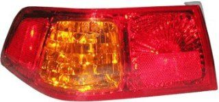 OE Replacement Toyota Camry Driver Side Taillight Assembly (Partslink Number TO2800133): Automotive