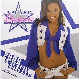 Dallas Cowboy Cheerleaders 2009 Wall Calendar: Sports & Outdoors
