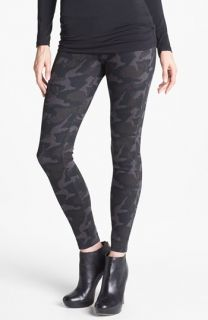 Hue Camo Print Leggings