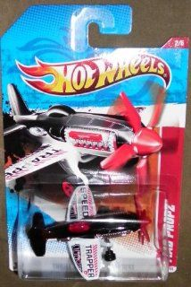 HOT WHEELS 2011 THRILL RACERS   HIGHWAY 2/6 BLACK & WHITE SPEED TRAPPER MAD PROPZ 188/244 Toys & Games