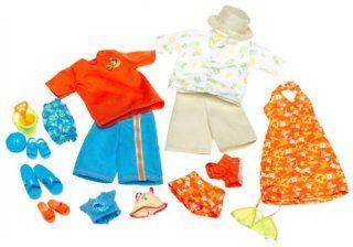 Barbie Happy Family Fashions   Midge, Alan, Ryan & Nikki Clothes (2003): Toys & Games